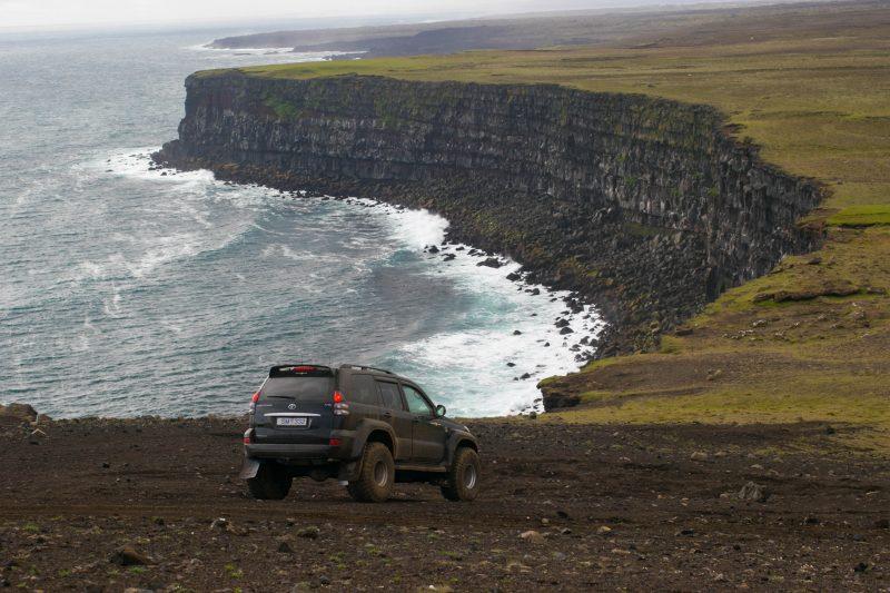 Lava cave Iceland tour & Reykjanes peninsula